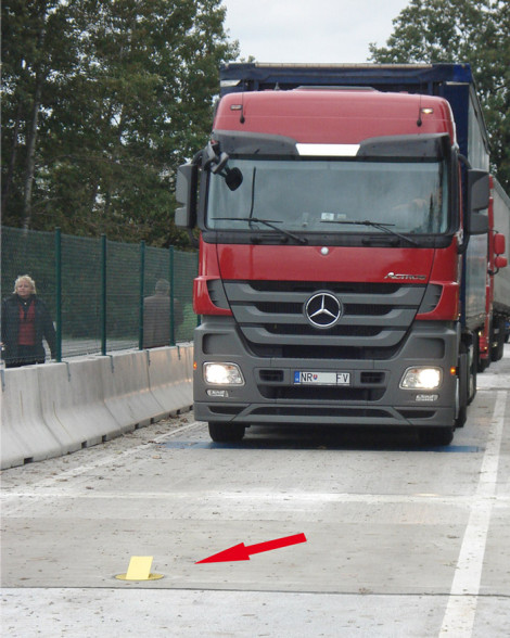 tl_files/bilder/application/Waermebild-LKW-web-3.jpg
